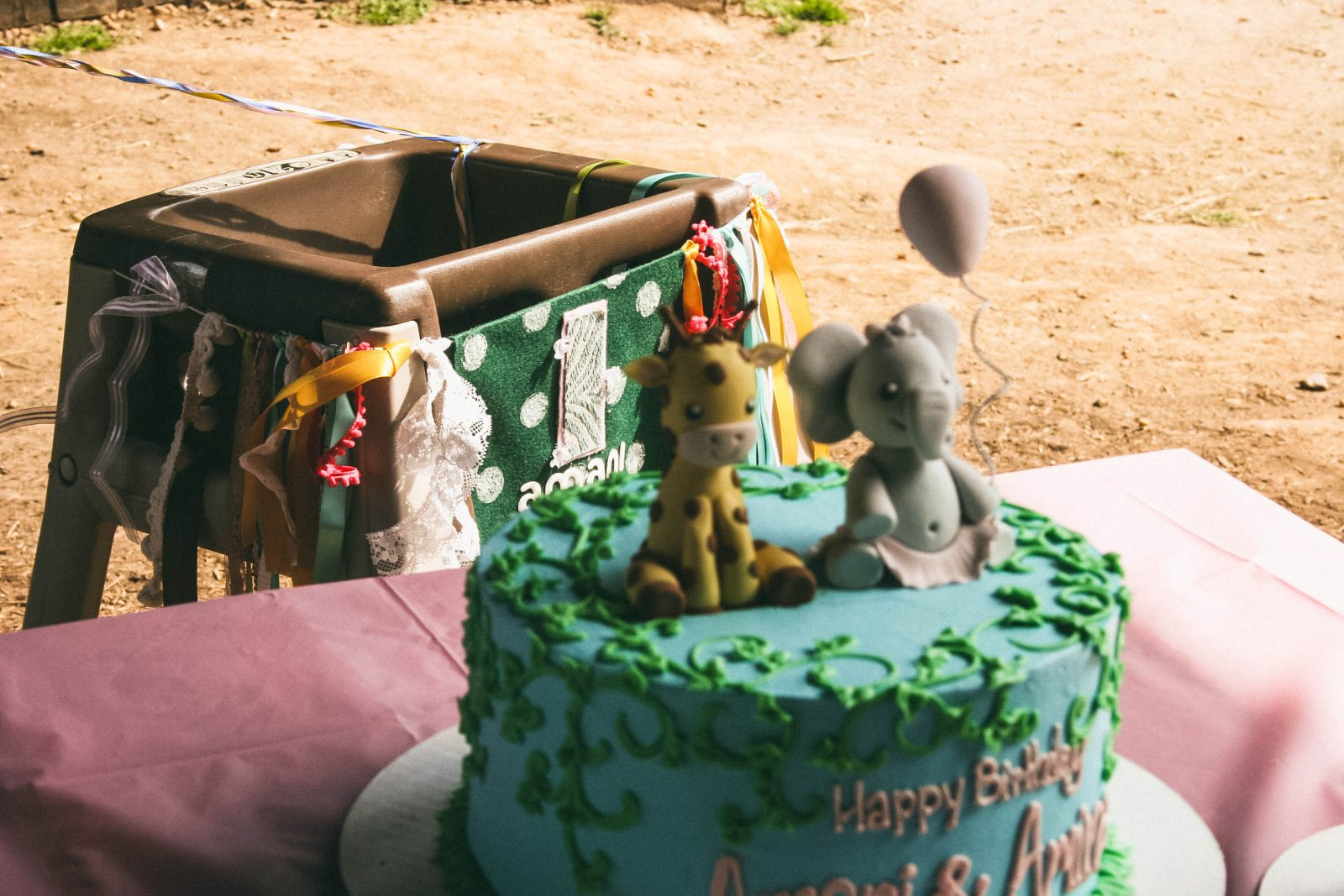 giraffe and elephant birthday cake
