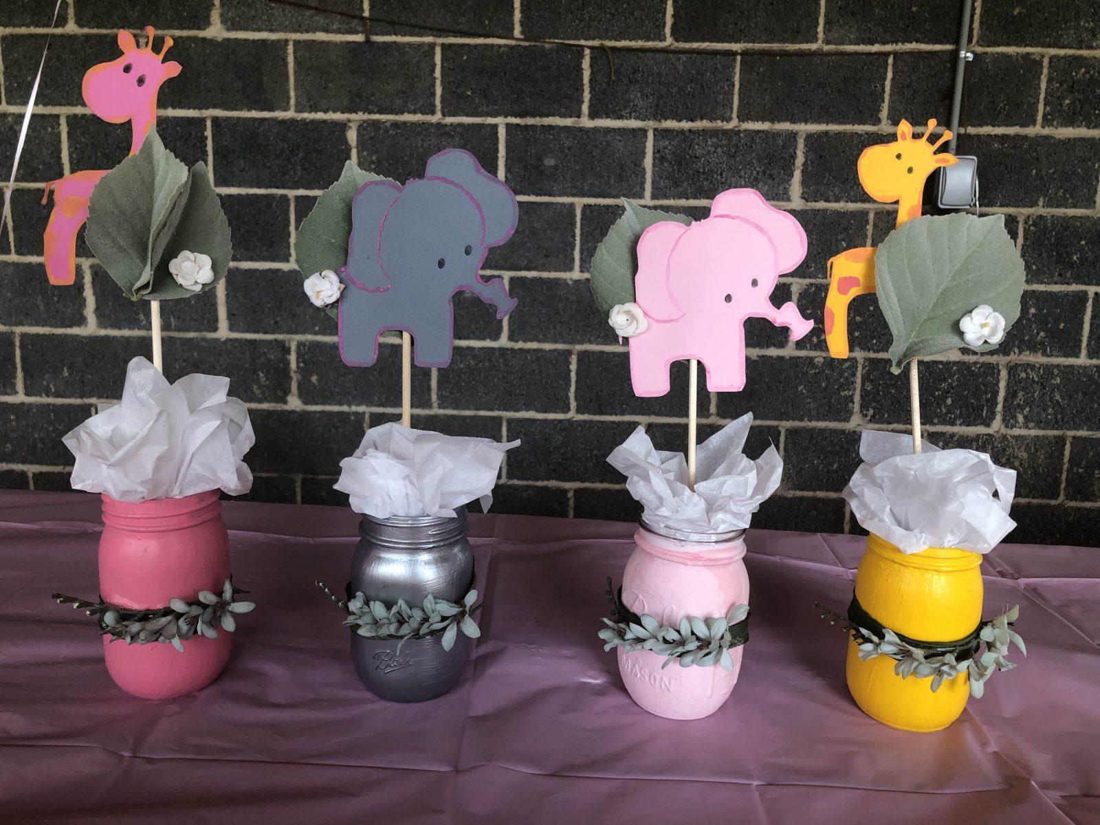 giraffe and elephant birthday party centerpieces